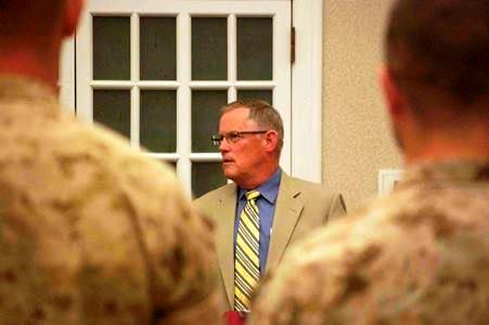 LtGen Bob Shea, USMC (ret), former Director, Comm School, speaks at the Mixer